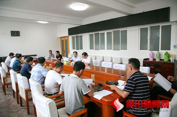 映象网:潢川县召开产业扶贫和生态扶贫专题会